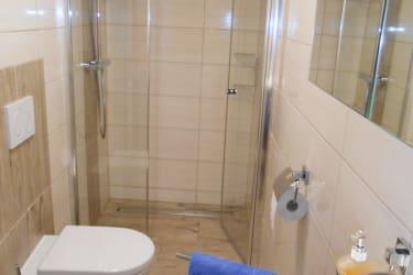 Kieferzimmer Dusche/WC