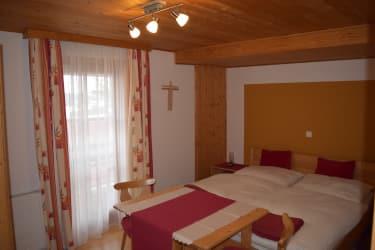 HASELNUSS Schlafzimmer