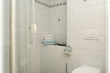 Dusche und Wc Ferienwohnung Glockenblume