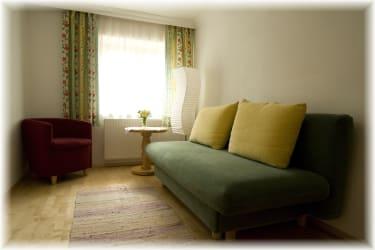 Wohnzimmer in der Ferienwohnung Glockenblume