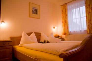 Schlafzimmer Schmalzer Alm