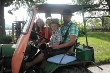 Traktorausfahrt mit  60 Jahre altem Steyr