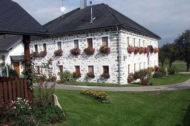 Bauernhaus im Steinbloß-Stil