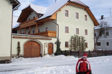Winteransicht vom Haus
