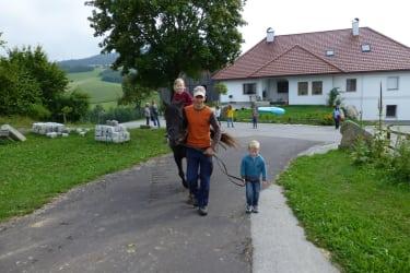 Kinderreiten mit  Bauer Christian am Biohof Schafflhof