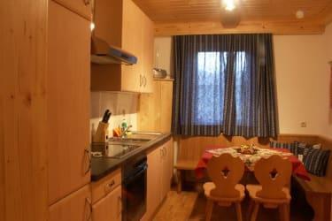 Küche Ferienwohnung Gartenblick