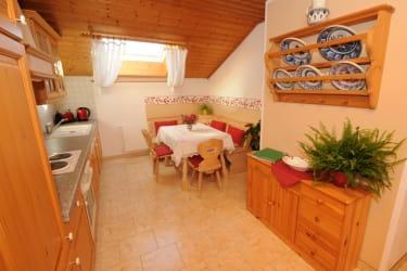 Küche in der Ferienwohnung Finkenkobel
