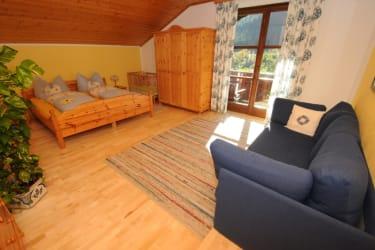 Ferienwohnung Finkenkobel Elternschlafzimmer