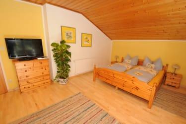 Doppelzimmer Ferienwohnung Finkenkobel