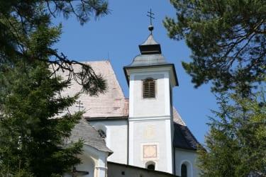 Der Heiligenstein mit der Sebaldikirche wird gerne besucht um sich einen Mann zu erbitten