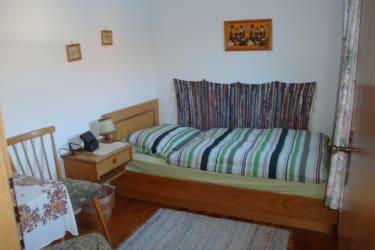 1 Bett Zimmer im 3-Bett Zimmer