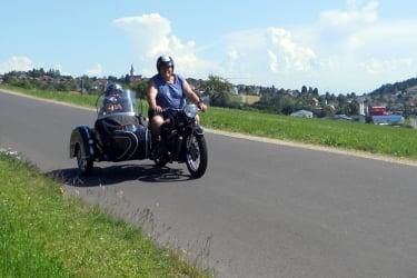 Ausfahrt mit der Beiwagenmaschine - Mitfahrt möglich