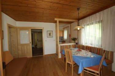 Wohnzimmer Buche