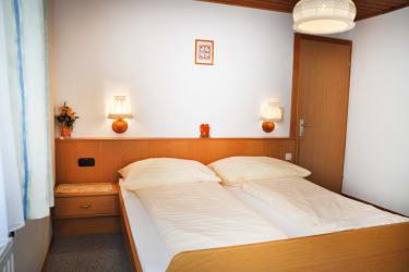 FeWo2 Schlafzimmer2