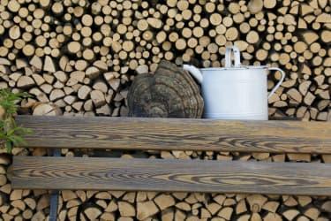 Holz vor der Hütten!