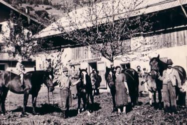 Unser alter Stall vorm Haus