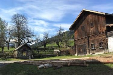 Innenhof des Bauernhofs