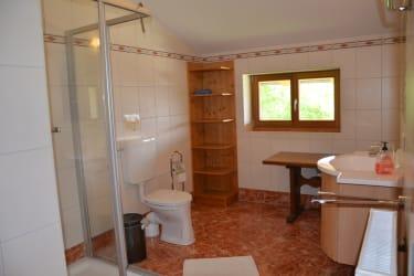 Hochthron Badezimmer