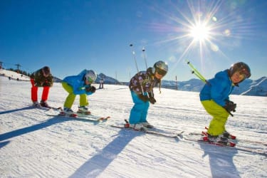 Familie Skigebiet Urlaub Bauernhof Skikindergarten