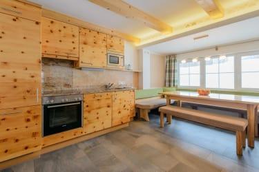 Ferienhaus Zirbenholz Küche