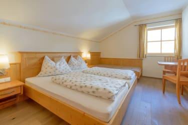Zirmegg Schlafzimmer