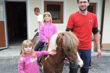 reiten mit Pony Jimmy