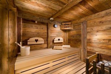 5 Herzen Sauna Salzburgerin