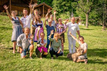 Proneben Gut Familie - Team