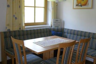 Sitzecke vom Appartement Roßbrand