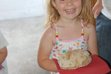 Mmmmmm...... lecker , mein Brot ist endlich fertig !!!