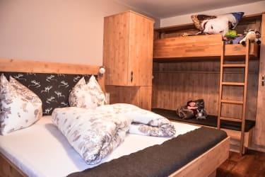 Schalfzimmer mit variablem Stockbett