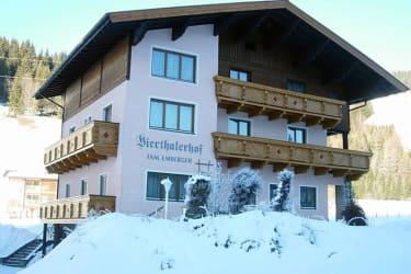 Vierthalerhof im Winter