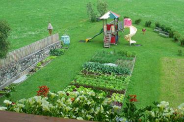 Gemüsegarten , Spielplatz
