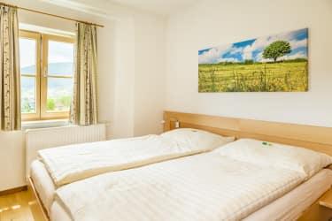 Schlafzimmer 1 Taurachtal