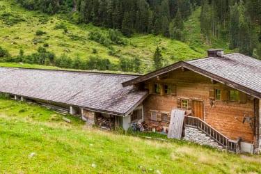 Hütte von Hinten