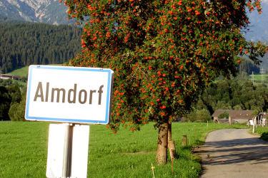 Willkommen im Almdorf