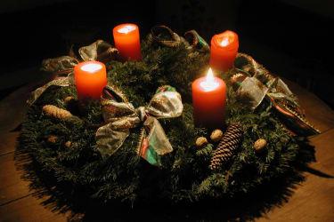 Der Adventskranz - wir leben aktiv unser Brauchtum