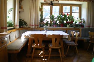 Frühstücksraum. Da können sie die Sonnenstrahlen genießen