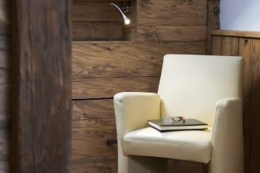 Gemütliche Leseecke im Schlafzimmer im Obergeschoss