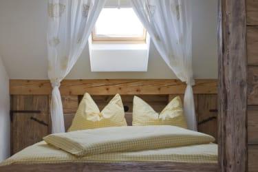 Das Doppelzimmer mit dem zusätzlichen Einzelbett