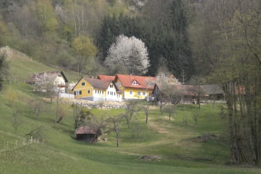 Unser Hof, Süd- West Lage