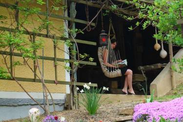 Leseecke im Kräutergarten