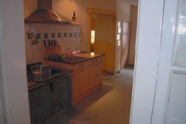 Küche mit  renoviertem HolzHerd