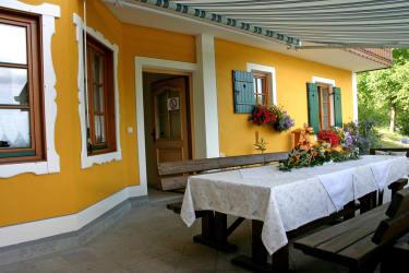Gästehaus - Terrasse