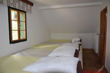 Matratzenlager im Obergeschoss