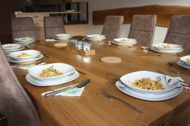 Esstisch für 10 Personen Ferienwohnung Menthof Schladming-Dachstein