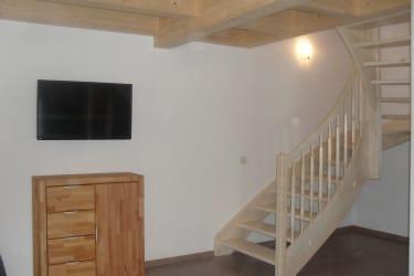 Treppenaufgang vom Wohnbereich zu den Schlafzimmern