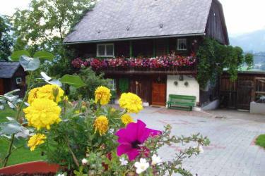Das blumengeschmückte Ferienhaus