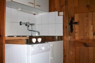 kleine Küchenzeile im Vorraum