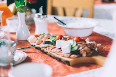 Köstliche Spezialitäten von unserem Hof und der Region
